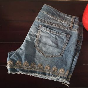 Faded Glory Embroidered Denim Jeans Boho Shorts